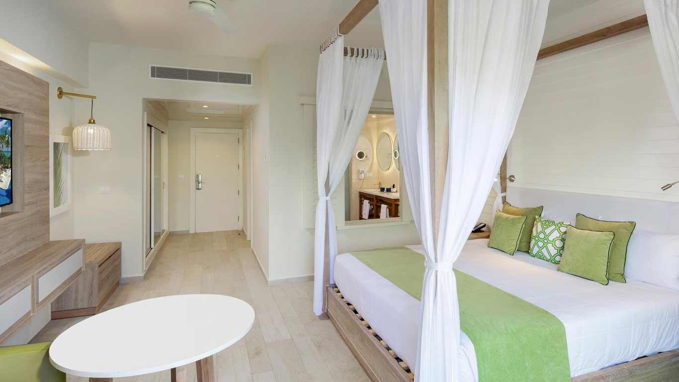 Aruba Casino Resort  The RitzCarlton Aruba